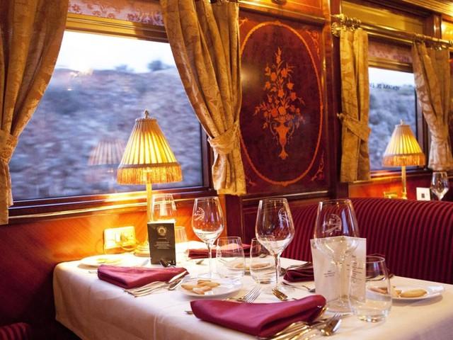 Scoprire la Spagna a bordo dei treni d'epoca