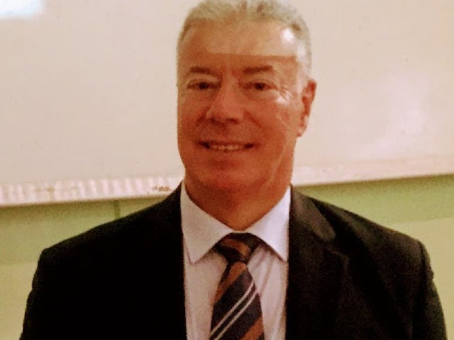 Scuola, profondo cordoglio per la scomparsa di Giuseppe Manelli: da cinque anni dirigente tecnico all'USR