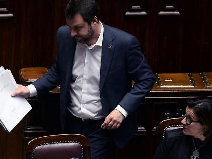 """Matteo Salvini, il leghista rilancia la leva obbligatoria: """"Da settembre dovremmo reintrodurla"""""""