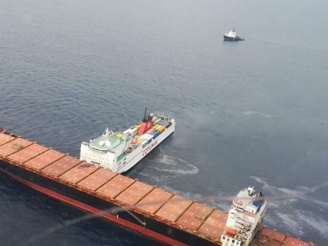 Nuovi controlli della Guardia Costiera di Sanremo: si allontana il pericolo di inquinamento dopo la collisione dei mercantili (Video)