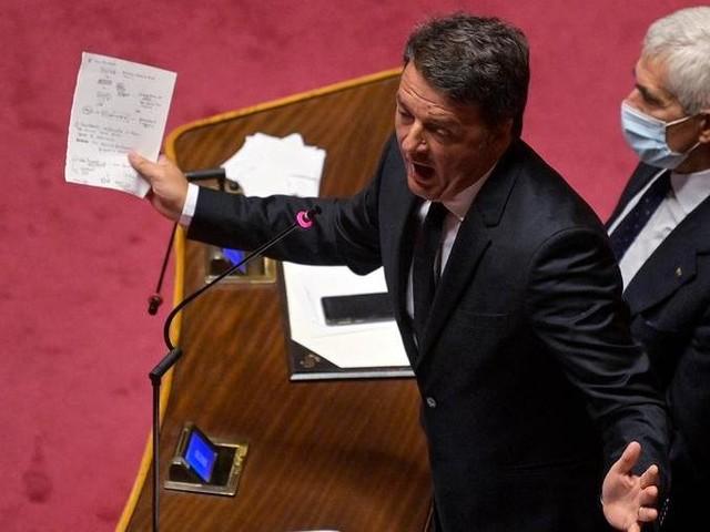 """Renzi: """"Con il no al Mes, Conte fa felici Salvini e Meloni"""""""