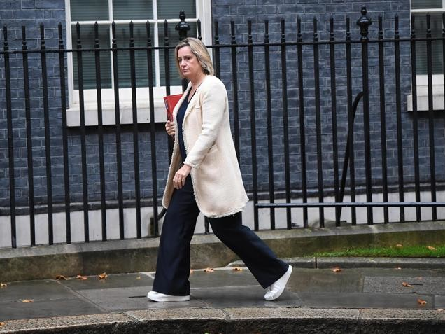 Brexit:si dimette ministra del Lavoro Gb
