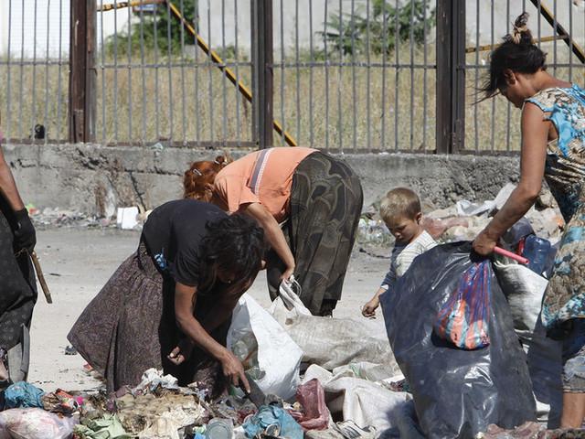 Lavoro indecente: la mancanza di tutele e diritti dei lavoratori è un grande problema mondiale (VIDEO)