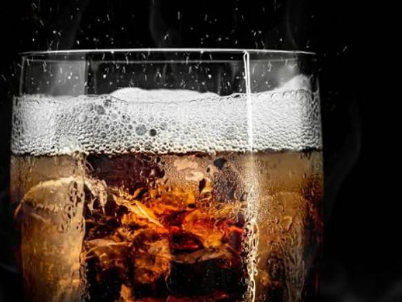 """Coca Cola, lotti richiamati per """"possibile presenza di corpi estranei"""""""