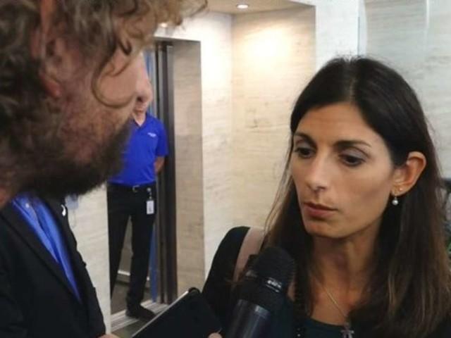 Le Iene aggressione, Filippo Roma linciato da cento attivisti M5S – VIDEO