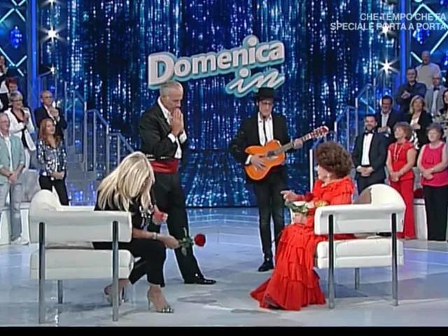 """Mara Venier ospita Mark Caltagirone: con Teo Teocoli prende in giro Pamela Prati """"velatamente"""""""