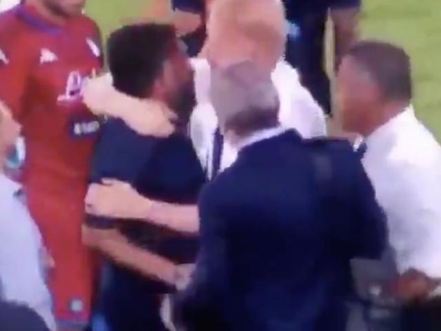 Terrone a Gattuso, rissa sfiorata nel finale di Napoli – Lazio | VIDEO