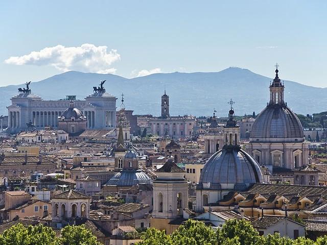 Confturismo: 10 milioni di italiani in vacanza per il megaponte