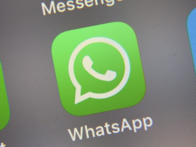 """WhatsApp, il Garante bacchetta la piattaforma: """"Informativa poco chiara"""""""