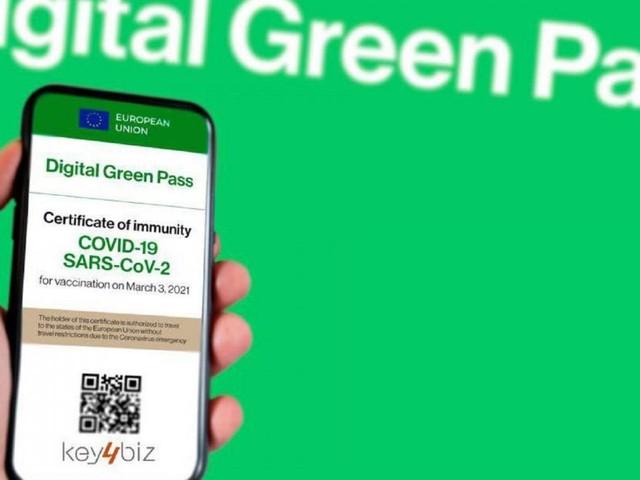 Verso l'obbligo del Green Pass per dipendenti statali e stop allo smart working