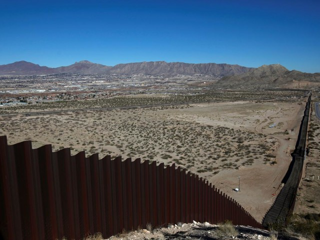 """Lo storico David Frye: """"Le civiltà prosperano grazie ai muri"""""""