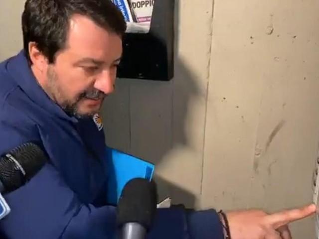 """Il Parlamento tunisino contro Salvini per il blitz al citofono: """"Vergogna, chieda scusa a quella famiglia"""""""