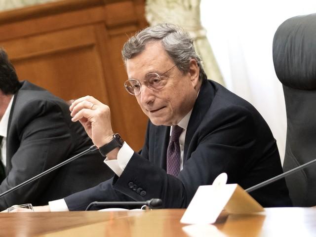 Pensioni, clamorosa rottura tra Draghi e i sindacati: il premier lascia il tavolo delle trattative
