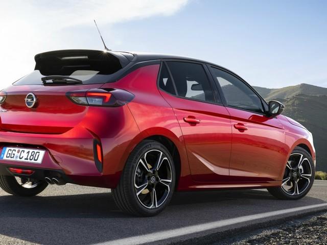 Opel Corsa, svelata la nuova generazione. Sarà sportiva e anche elettrica – FOTO