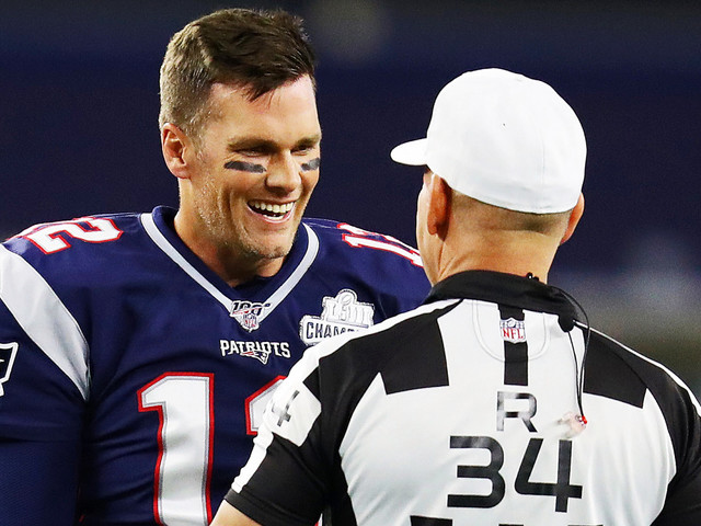 Tom Brady Complains About 'Ridiculous Penalties' Via Twitter During Thursday Night Football