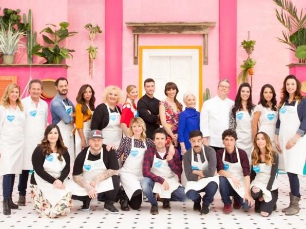 Bake Off Italia Celebrity Edition 2017: seconda puntata 15 dicembre, coppie in gara e info streaming