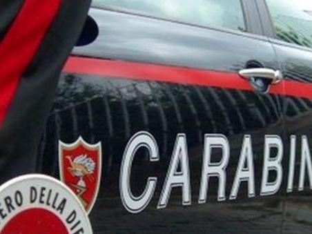Inseguito dalla Slovenia, in auto trasportava 5 clandestini: arrestato
