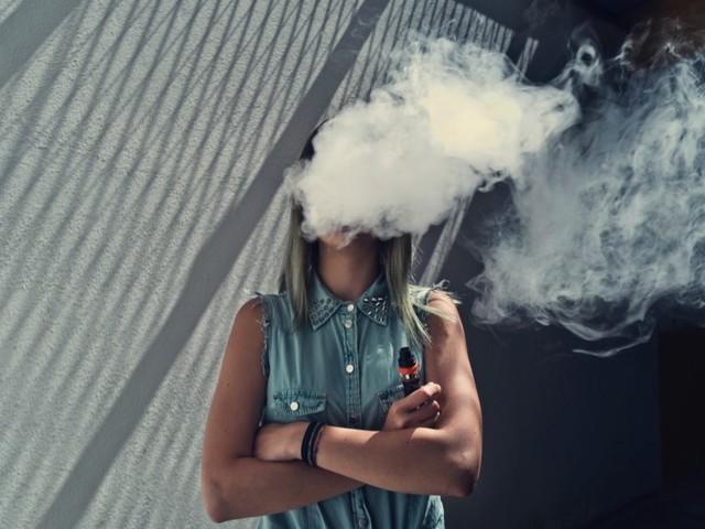 Le sigarette elettroniche? No, non sono innocue. Ecco perché