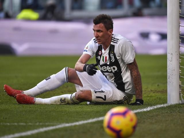 Juventus, richiesta la prova tv per Mandzukic: rischia una pesante squalifica