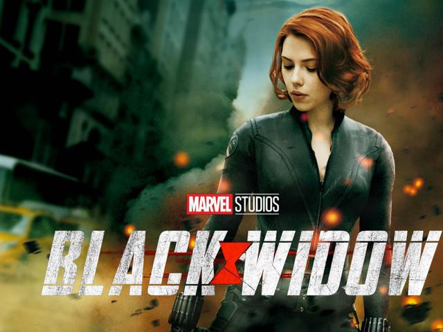 Black Widow: svelato il nuovo costume total white di Natasha Romanoff [FOTO]