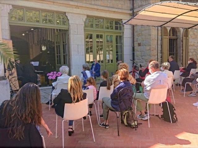 """Sanremo: un pomeriggio dal sapore british apre la rassegna """"Note del Parco"""" al Floriseum di villa Ormond (Foto)"""
