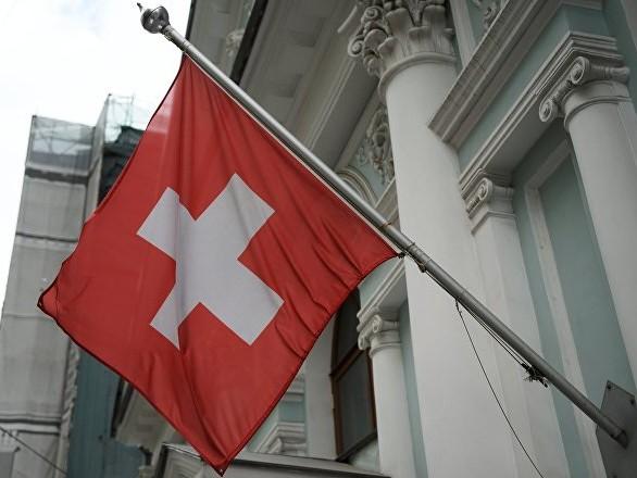 Svizzera: abitanti di un paese riceveranno €2200 al mese come parte di esperimento