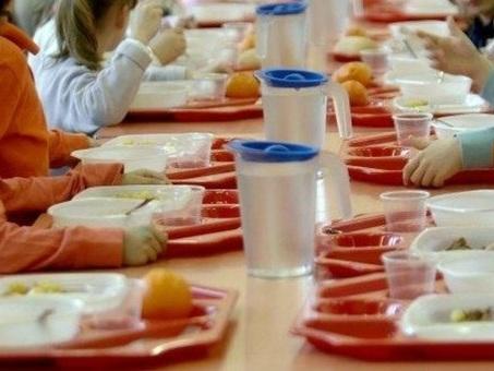 Cibi per bambini, metalli tossici nel 95% dei prodotti: dai biscotti agli snack. «Danneggiano QI»