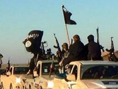 Terrorismo: faceva propaganda per l'Isis sul web, arrestato un 38enne a Milano