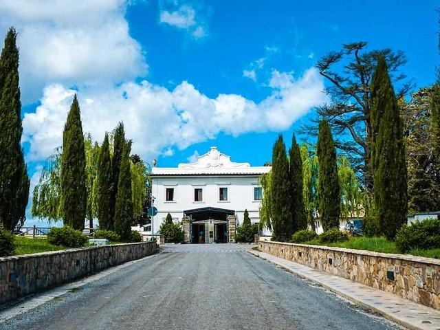 Villa Tolomei a Firenze: un soggiorno tra storia, natura e lusso