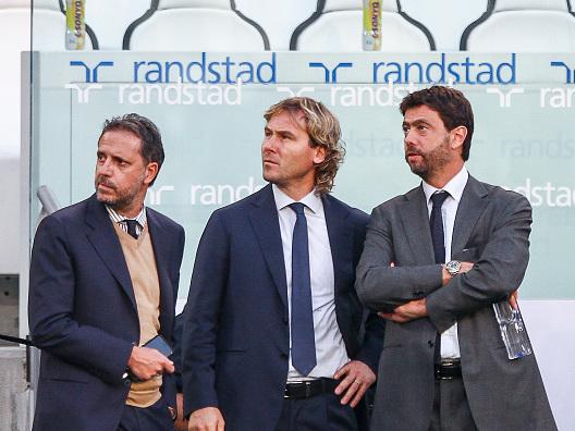 Juventus, Paratici e Nedved incantati dal 'nuovo' Lichtsteiner: affare possibile nel prossimo mercato