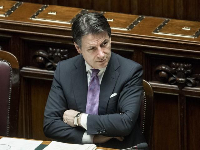 """Popolare di Bari, Conte insiste """"Faremo la Banca del Sud"""""""