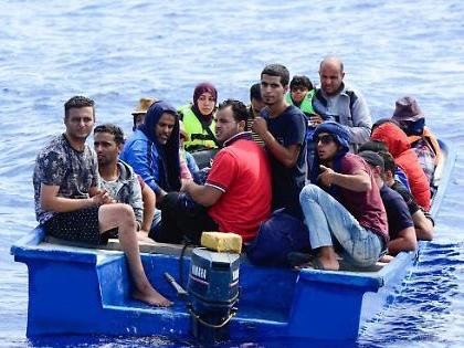 Immigrazione, altro sbarco fantasma in Sicilia: alcuni migranti hanno già fatto perdere le proprie tracce