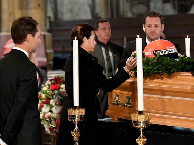 F1, oggi l'ultimo saluto a Niki Lauda: i funerali dell'ex pilota austriaco si terranno nella cattedrale di Santo Stefano a Vienna