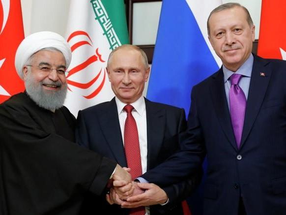 Putin, missione compiuta in Siria: la regia del dopoguerra è sua