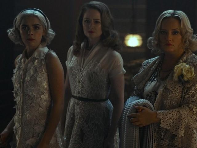 """Cosa aspettarsi da Sabrina 4 su Netflix, prime anticipazioni sulla """"catastrofe"""" in arrivo"""