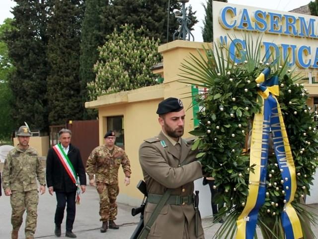 Deposta una corona sulla lapide dei partigiani Giovanni Duca e Lorenzo Fava