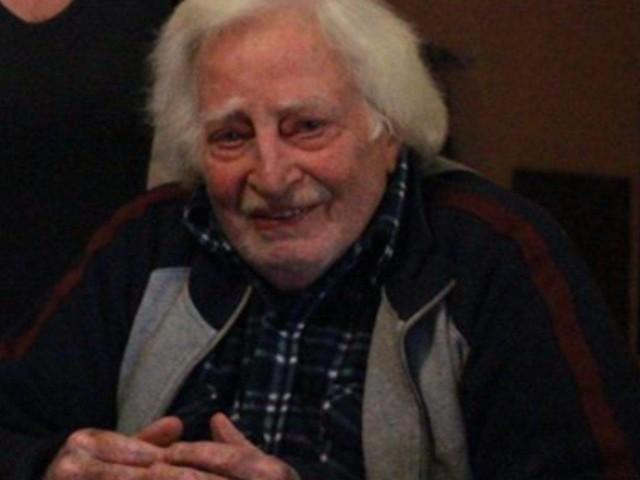 Lutto nel mondo dello spettacolo, è morto Carlo Croccolo: l'attore aveva 92 anni