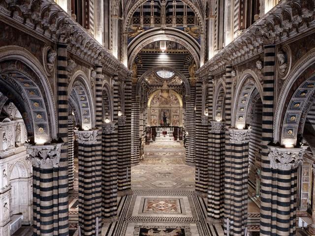 Siena: torna visibile il pavimento del Duomo