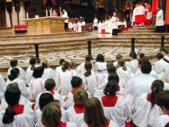 Vaticano, abusi su seminaristi: chiesto mandato di cattura dall'Argentina per un vescovo