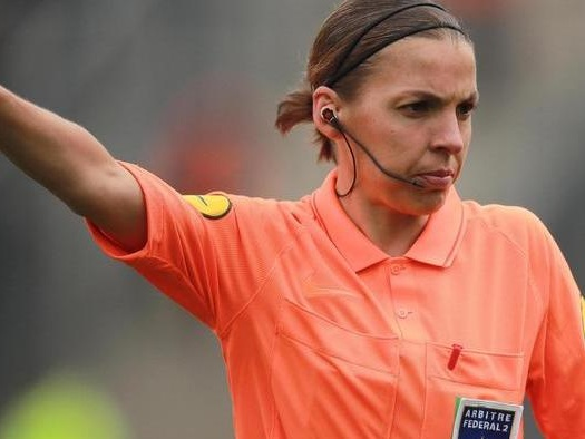 Svolta della Uefa, la Supercoppa arbitrata dalla francese Frappart