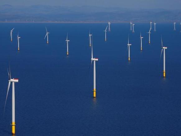 Parte nel mare del Nord il parco eolico offshore più grande del mondo: è due volte Milano