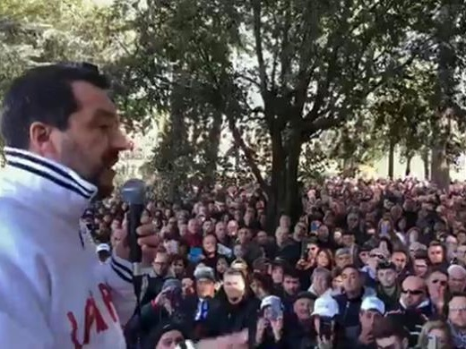 Famiglia: Salvini, andrò a Verona