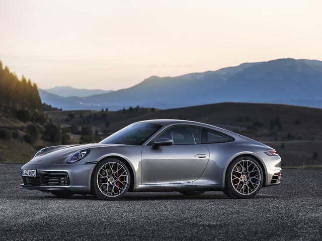 Nuova Porsche 911 Evoluzione di un'icona