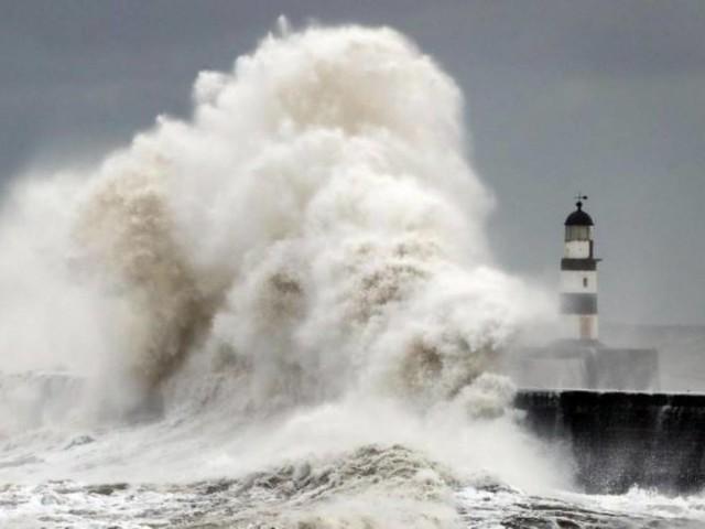 Meteo. Friederike: nuova tempesta sul Nord-Europa. Venti di burrasca e piogge battenti