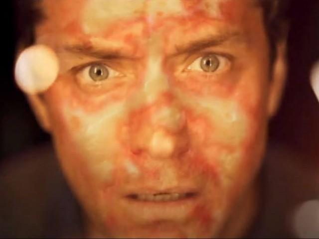 The Third Day su Sky dal 19 ottobre, Jude Law tra realtà e delirio in una serie senza punti fermi