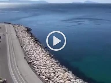 Napoli, mare pulito. E il fiume Sarno diventa trasparente