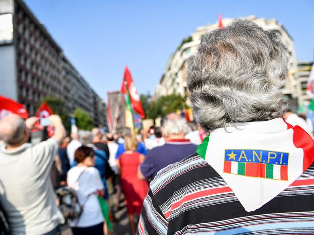 """25 aprile, l'Anpi: """"Si canti Bella Ciao sui balconi"""""""