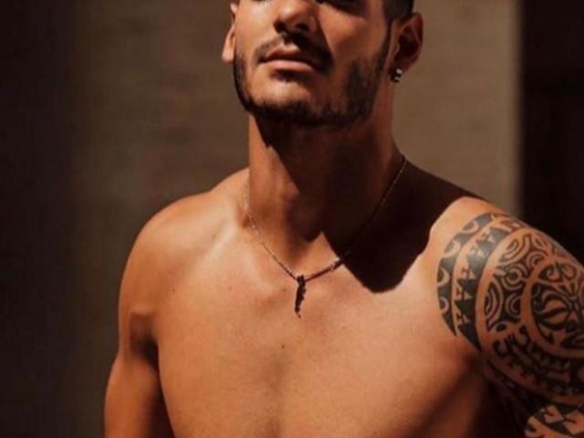 Javier fuori da Uomini e donne: il ragazzo sarebbe fidanzato