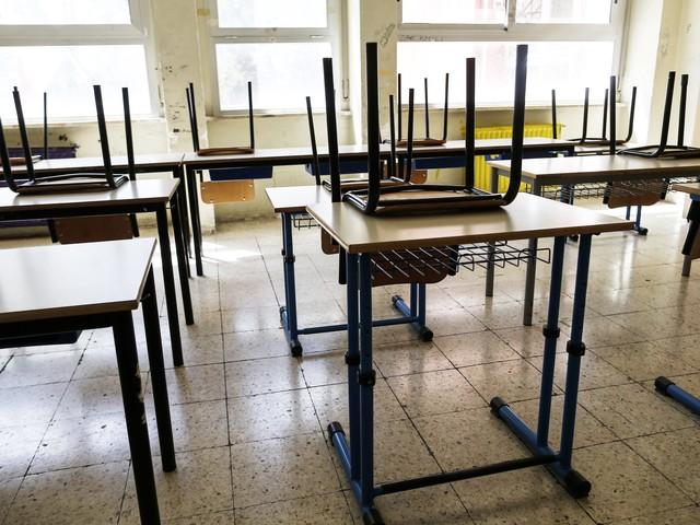 Coronavirus Napoli, chiusa la scuola Mastriani di Poggioreale per sanificazione anti-Covid
