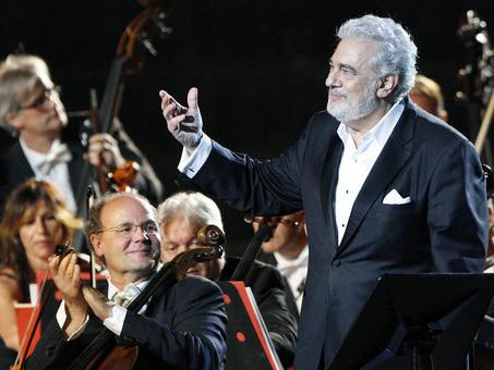 Placido Domingo accusato di molestie, due teatri Usa cancellano i concerti